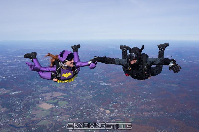 "Bat jump. <br><span class=""skyfilename"" style=""font-size:14px"">2015-10-31_skydive_cpi_0269</span>"