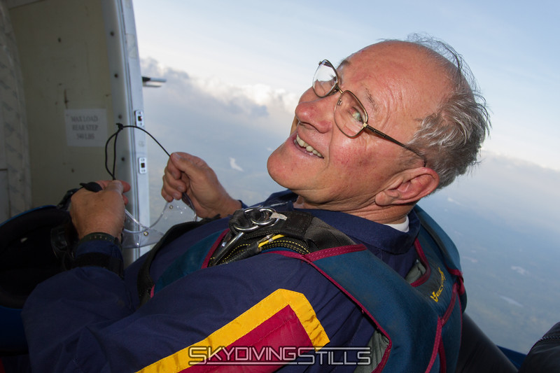 "Tom in the Caravan.<br><span style=""font-size:14px"">2015-05-17_skydive_cpi_0019</span>"