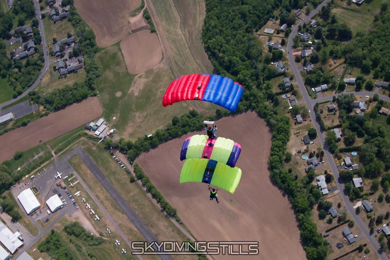 "3-stack.<br><span style=""font-size:14px"">2015-05-24_skydive_cpi_1154</span>"