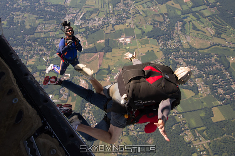 "Walt exits.<br><span class=""skyfilename"" style=""font-size:14px"">2015-08-22_skydive_cpi_0011</span>"