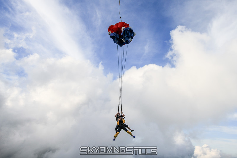 "Yoink!<br><span style=""font-size:14px"">2015-08-22_skydive_cpi_1033</span>"