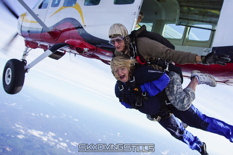"Angela's tandem with Walt. <br><span class=""skyfilename"" style=""font-size:14px"">2015-09-26_skydive_cpi_0026</span>"