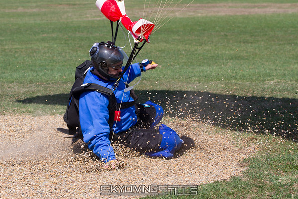 "Philip slides through the peas.<br><span class=""skyfilename"" style=""font-size:14px"">2015-04-18_skydive_cpi_0448</span>"