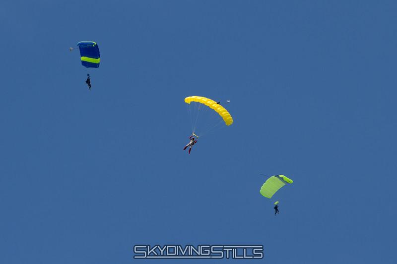 "<br><span class=""skyfilename"" style=""font-size:14px"">2015-08-07_skydive_cpi_1143</span>"
