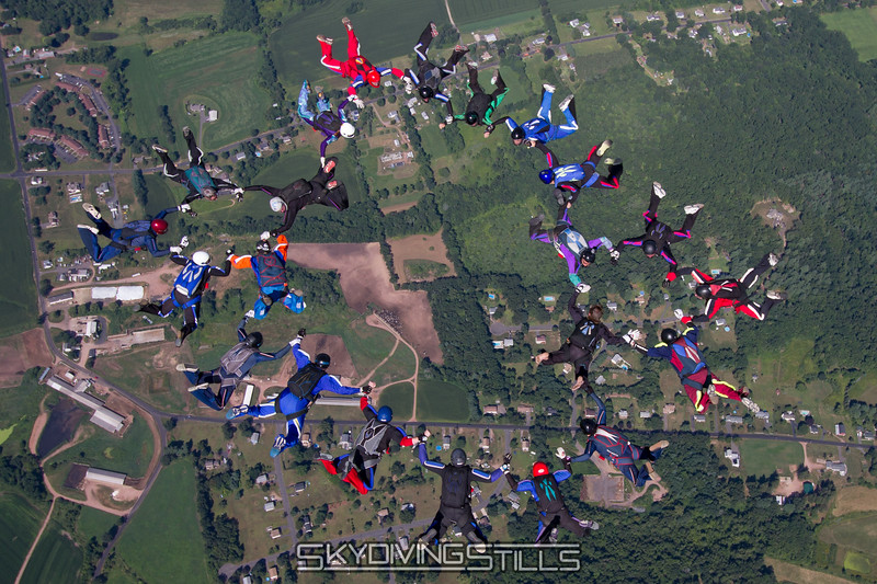 "<br><span class=""skyfilename"" style=""font-size:14px"">2015-08-07_skydive_cpi_1084</span>"