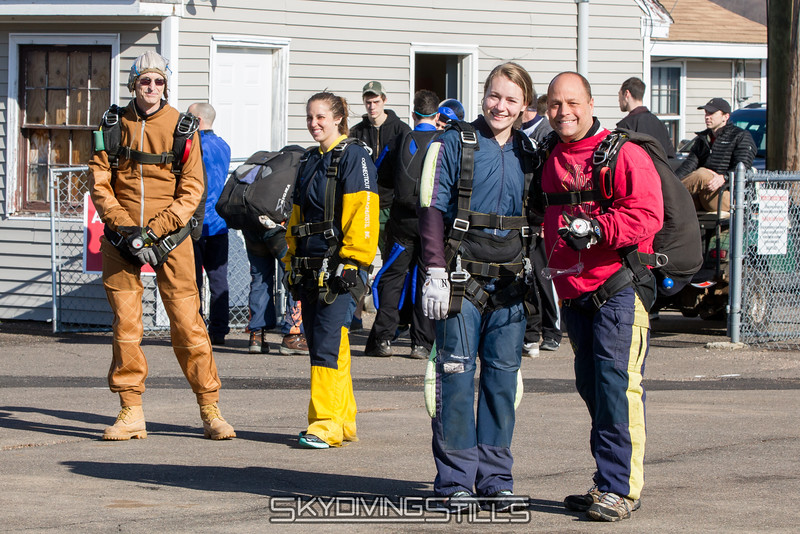 "Crazies getting ready to jump on a windy day. Except the ones up front that smartened up about a second later.<br><span class=""skyfilename"" style=""font-size:14px"">2015-04-11_skydive_cpi_0007</span>"