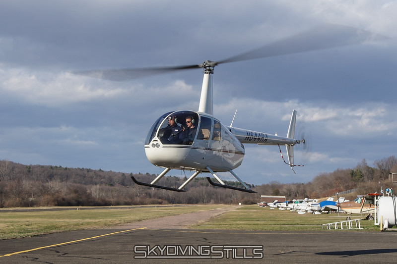 """Heading to the runway. <br><span class=""""skyfilename"""" style=""""font-size:14px"""">2016-01-03_skydive_cpi_0292</span>"""