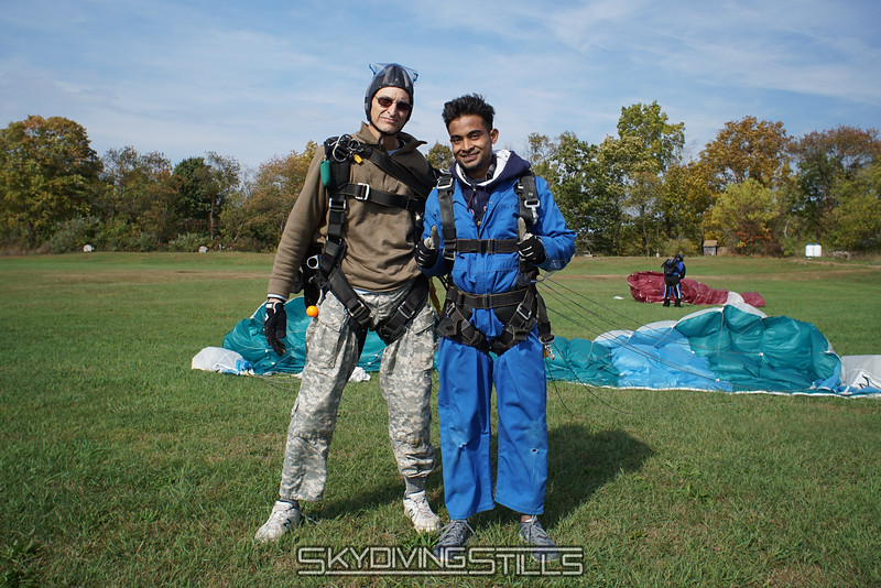 """Ahmad and Walt. <br><span class=""""skyfilename"""" style=""""font-size:14px"""">2016-10-16_skydive_cpi_0386</span>"""
