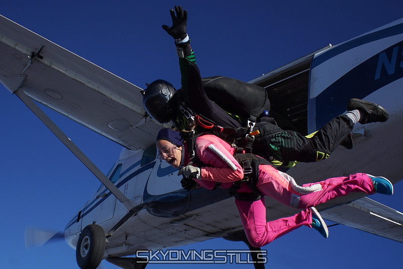 "Alenni's tandem with Ramsey. <br><span class=""skyfilename"" style=""font-size:14px"">2016-11-12_skydive_cpi_0019</span>"