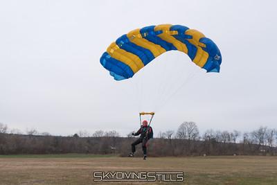 Scott landing. 2016-12-11_skydive_cpi_0098