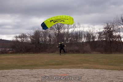 Brian pops up for some extra distance. 2016-12-03_skydive_cpi_0266