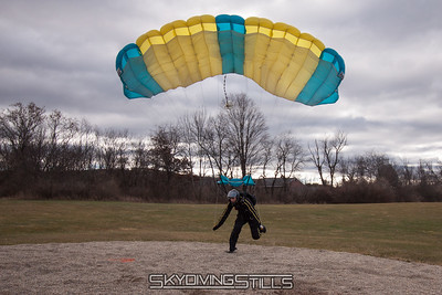 Rob runs it out and wins the Bud Meet! 2016-12-03_skydive_cpi_0309