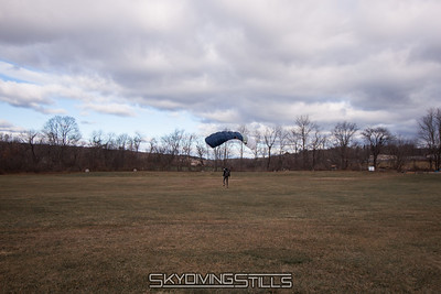Doug lands about a mile away. 2016-12-03_skydive_cpi_0296