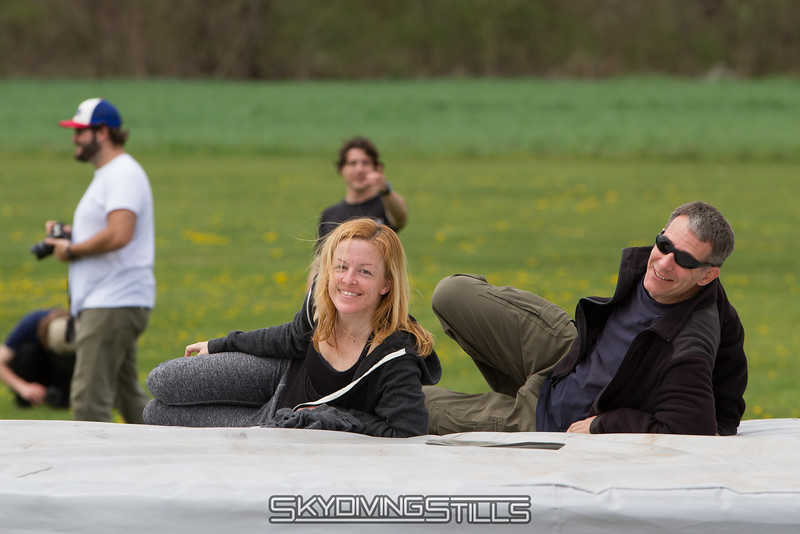 "Rob and Bryce enjoy the show. <br><span class=""skyfilename"" style=""font-size:14px"">2016-04-23_skydive_cpi_0323</span>"