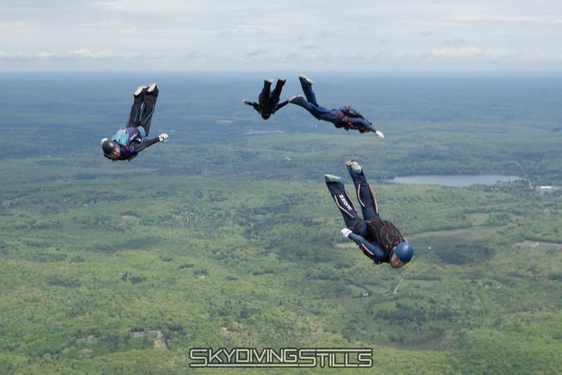 "Breakoff. <br><span class=""skyfilename"" style=""font-size:14px"">2016-05-22_skydive_cpi_0271</span>"