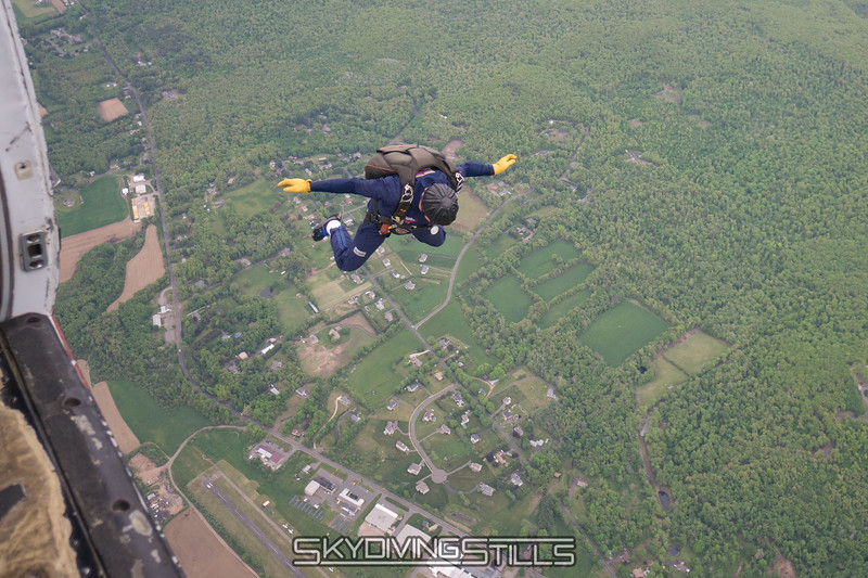 """KT exits. <br><span class=""""skyfilename"""" style=""""font-size:14px"""">2016-05-21_skydive_cpi_1358</span>"""