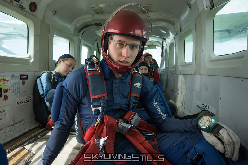 """This is what Jeff learned from yesterday's emergency drill. <br><span class=""""skyfilename"""" style=""""font-size:14px"""">2016-05-22_skydive_cpi_0392</span>"""