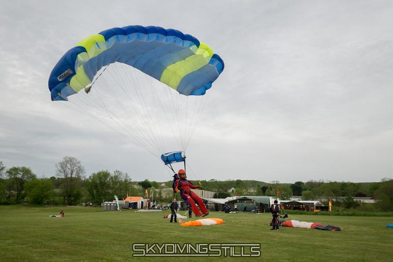 "Divya. <br><span class=""skyfilename"" style=""font-size:14px"">2016-05-21_skydive_cpi_1688</span>"