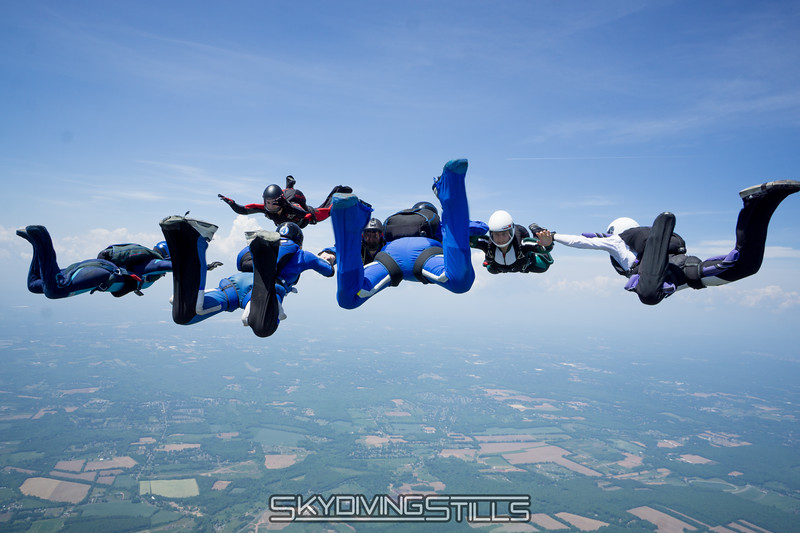 """Going for another point. <br><span class=""""skyfilename"""" style=""""font-size:14px"""">2016-05-28_skydive_cpi_0090</span>"""