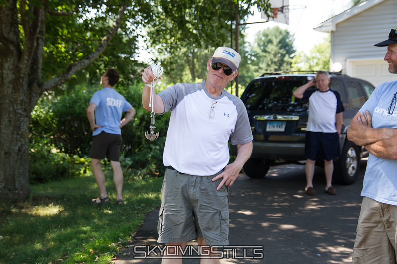 """John is ready to get Jim's canopy out of a tree the fun way. <br><span class=""""skyfilename"""" style=""""font-size:14px"""">2016-07-23_skydive_cpi_0002</span>"""