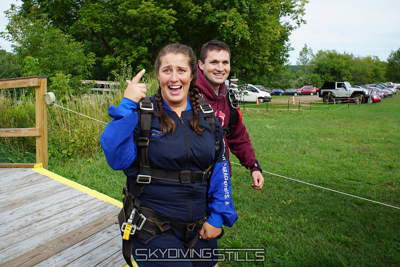 "Kat heads to the plane to do someting crazy. <br><span class=""skyfilename"" style=""font-size:14px"">2016-09-03_skydive_cpi_0001</span>"