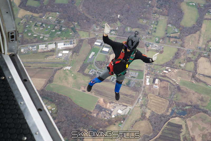 "Jimmy does a gainer. <br><span class=""skyfilename"" style=""font-size:14px"">2017-11-18_skydive_cpi_0124</span>"