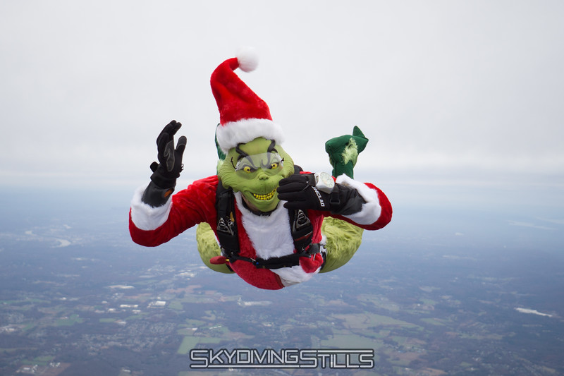 "The Grinch waits for Cindy. <br><span class=""skyfilename"" style=""font-size:14px"">2017-11-18_skydive_cpi_0172</span>"