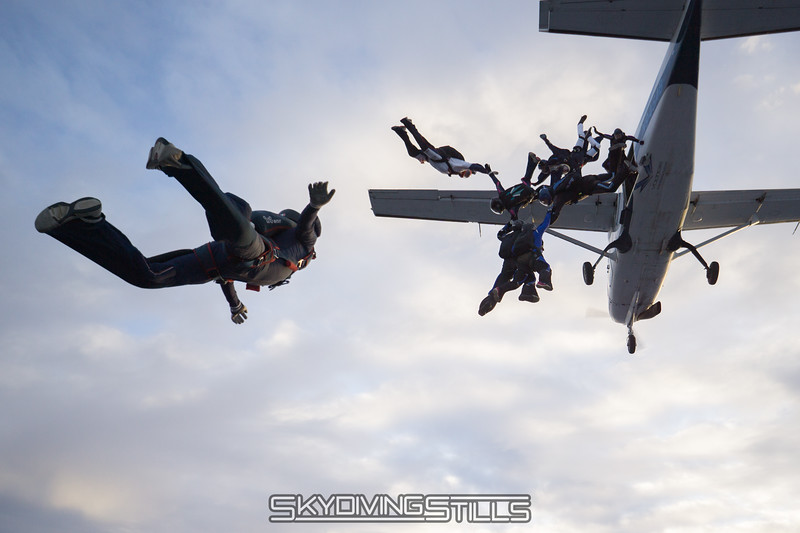 "Here we go. <br><span class=""skyfilename"" style=""font-size:14px"">2017-11-25_skydive_cpi_0048</span>"