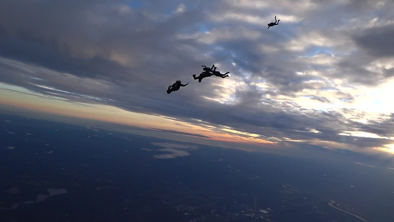 "Video of Danielle's 200th jump. <br><span class=""vidfilename"" style=""font-size:14px"">11-25-17_video_danielle_b_200th</span>"