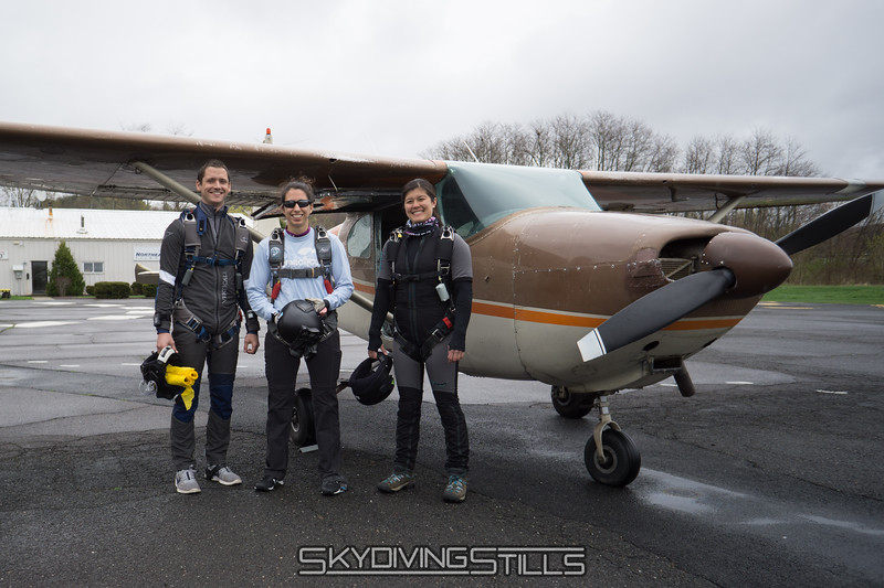 "It's raining and the clouds are at 1000 feet. Let's go try to do a demo! <br><span class=""skyfilename"" style=""font-size:14px"">2017-04-22_skydive_cpi_0004</span>"