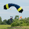 "Mike heads for the bushes. <br><span class=""skyfilename"" style=""font-size:14px"">2017-06-24_skydive_cpi_0122</span>"
