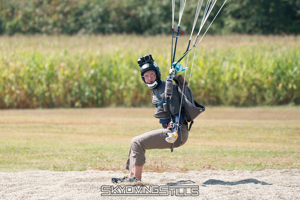 """Camera awareness and eye contact. This will be the next topic of my canopy course. <br><span class=""""skyfilename"""" style=""""font-size:14px"""">2017-09-04_skydive_cpi_0386</span>"""