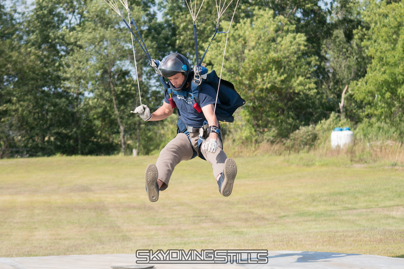"""Doug sinks to the tuffet. <br><span class=""""skyfilename"""" style=""""font-size:14px"""">2017-09-04_skydive_cpi_0532</span>"""