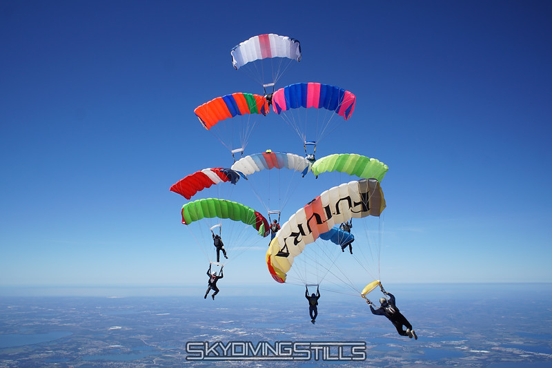 "9-way builds. Published in Parachutist, May 2017. <br><span class=""skyfilename"" style=""font-size:14px"">2017-02-10_skydive_lake-wales_0378</span>"