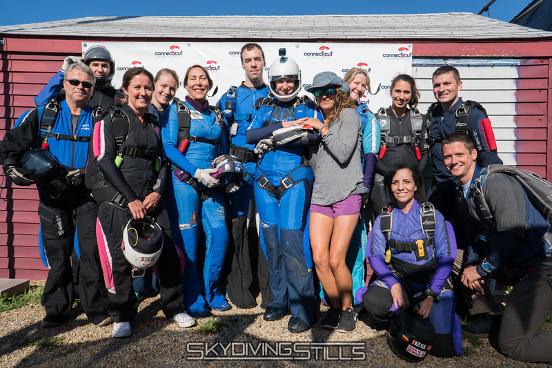 """Group picture with Mariah before the jump. <br><span class=""""skyfilename"""" style=""""font-size:14px"""">2017-07-09_skydive_cpi_0005</span>"""