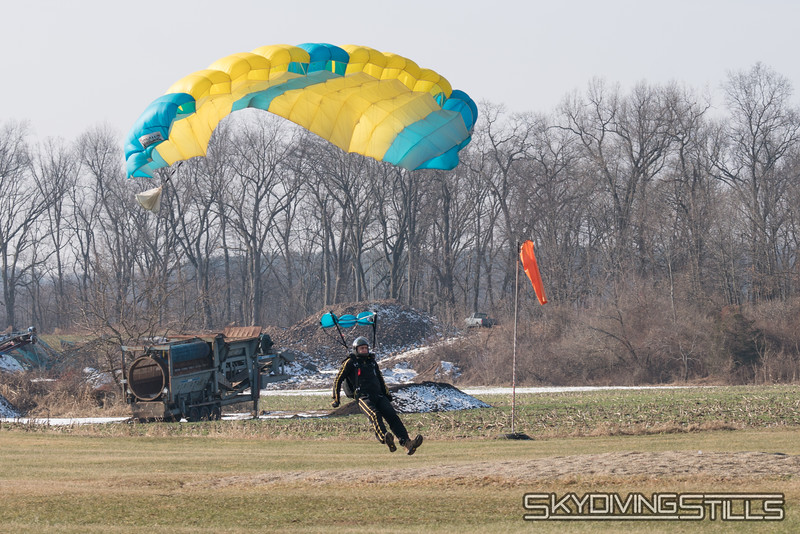 "Rob lands in the peas. <br><span class=""skyfilename"" style=""font-size:14px"">2018-01-21_skydive_cpi_0008</span>"