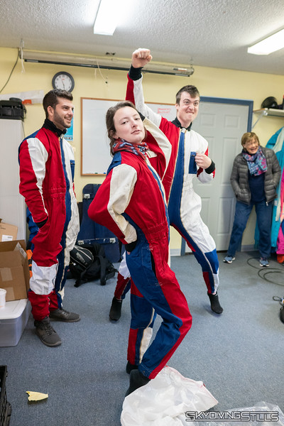 "New (super old) jumpsuits dropped off by someone that bought them at an auction many years ago. <br><span class=""skyfilename"" style=""font-size:14px"">2018-11-04_skydive_cpi_0005</span>"