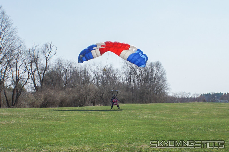 """Ashley and Dimes. <br><span class=""""skyfilename"""" style=""""font-size:14px"""">2018-04-14_skydive_cpi_0473</span>"""