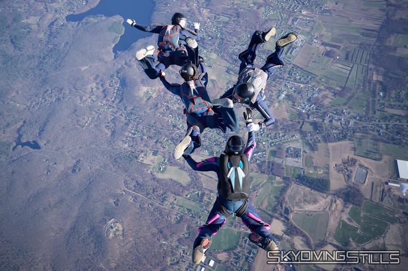 "Monopod. <br><span class=""skyfilename"" style=""font-size:14px"">2018-04-22_skydive_cpi_0831</span>"