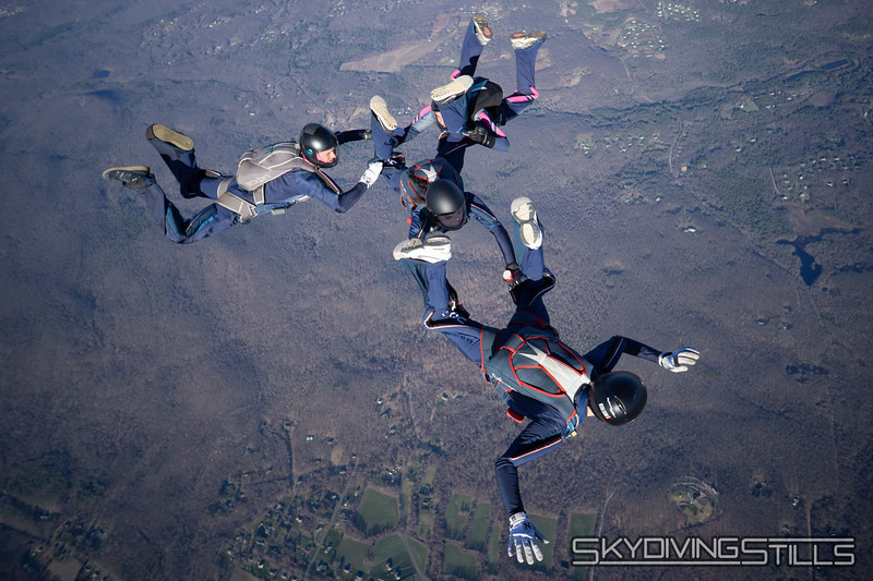 "Monopod from the other side. <br><span class=""skyfilename"" style=""font-size:14px"">2018-04-22_skydive_cpi_0839</span>"