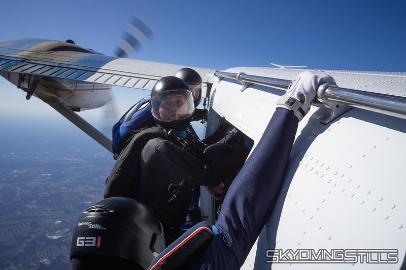 "Monique geeks. <br><span class=""skyfilename"" style=""font-size:14px"">2018-04-22_skydive_cpi_0600</span>"