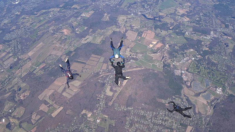 """Raw video of jump 2. <br><span class=""""vidfilename"""" style=""""font-size:14px"""">2018-04-22_video_jump_2_monique_5way</span>"""