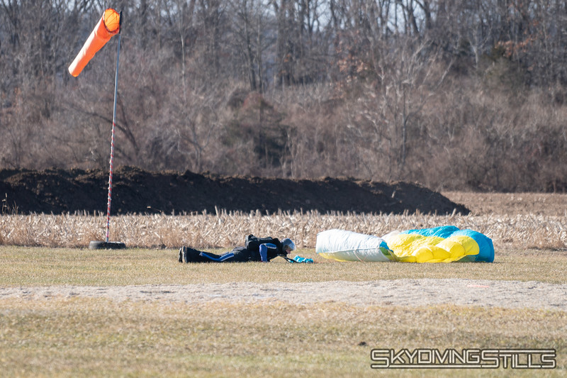 "After a perfect landing, Rob dropped and did 20 pushups. <br><span class=""skyfilename"" style=""font-size:14px"">2019-01-12_skydive_cpi_0026</span>"