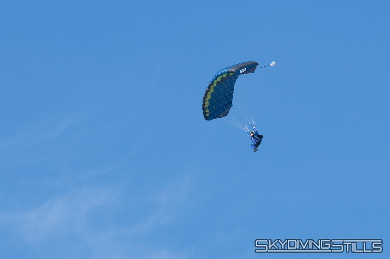 "Turning final. <br><span class=""skyfilename"" style=""font-size:14px"">2019-03-03_skydive_cpi_0004</span>"