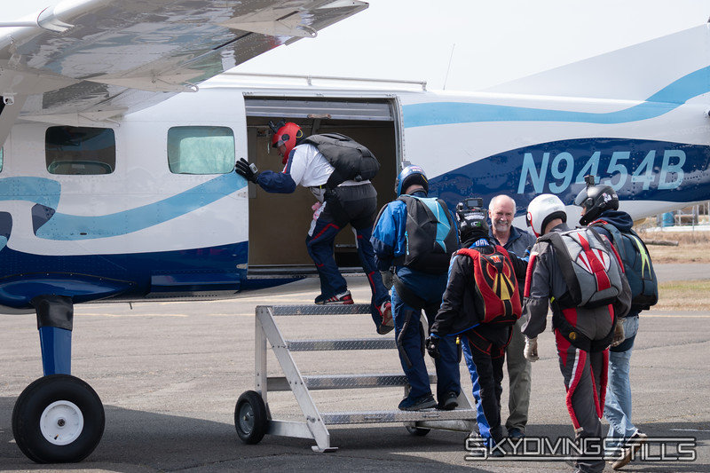 """Boarding for load 1. Photo by Ethan B. <br><span class=""""skyfilename"""" style=""""font-size:14px"""">2019-03-30_skydive_cpi_0013</span>"""