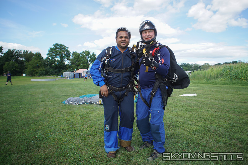 """Piyush's tandem with Mike. <br><span class=""""skyfilename"""" style=""""font-size:14px"""">2019-08-11_skydive_cpi_1317</span>"""