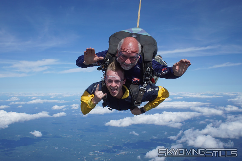 "Jordan's tandem with Mike. <br><span class=""skyfilename"" style=""font-size:14px"">2019-08-11_skydive_cpi_1357</span>"
