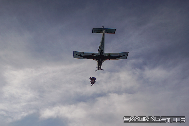 "Jumping with Cody. <br><span class=""skyfilename"" style=""font-size:14px"">2019-08-11_skydive_cpi_1600</span>"