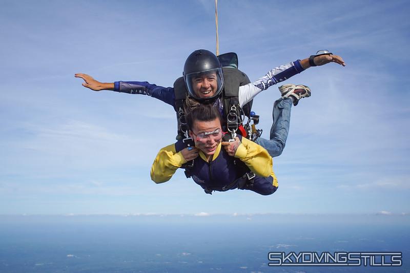 "Aani's yandem. <br><span class=""skyfilename"" style=""font-size:14px"">2019-08-11_skydive_cpi_1529</span>"