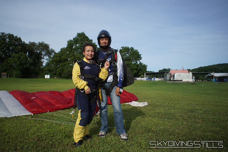 "Aani's yandem. <br><span class=""skyfilename"" style=""font-size:14px"">2019-08-11_skydive_cpi_1577</span>"